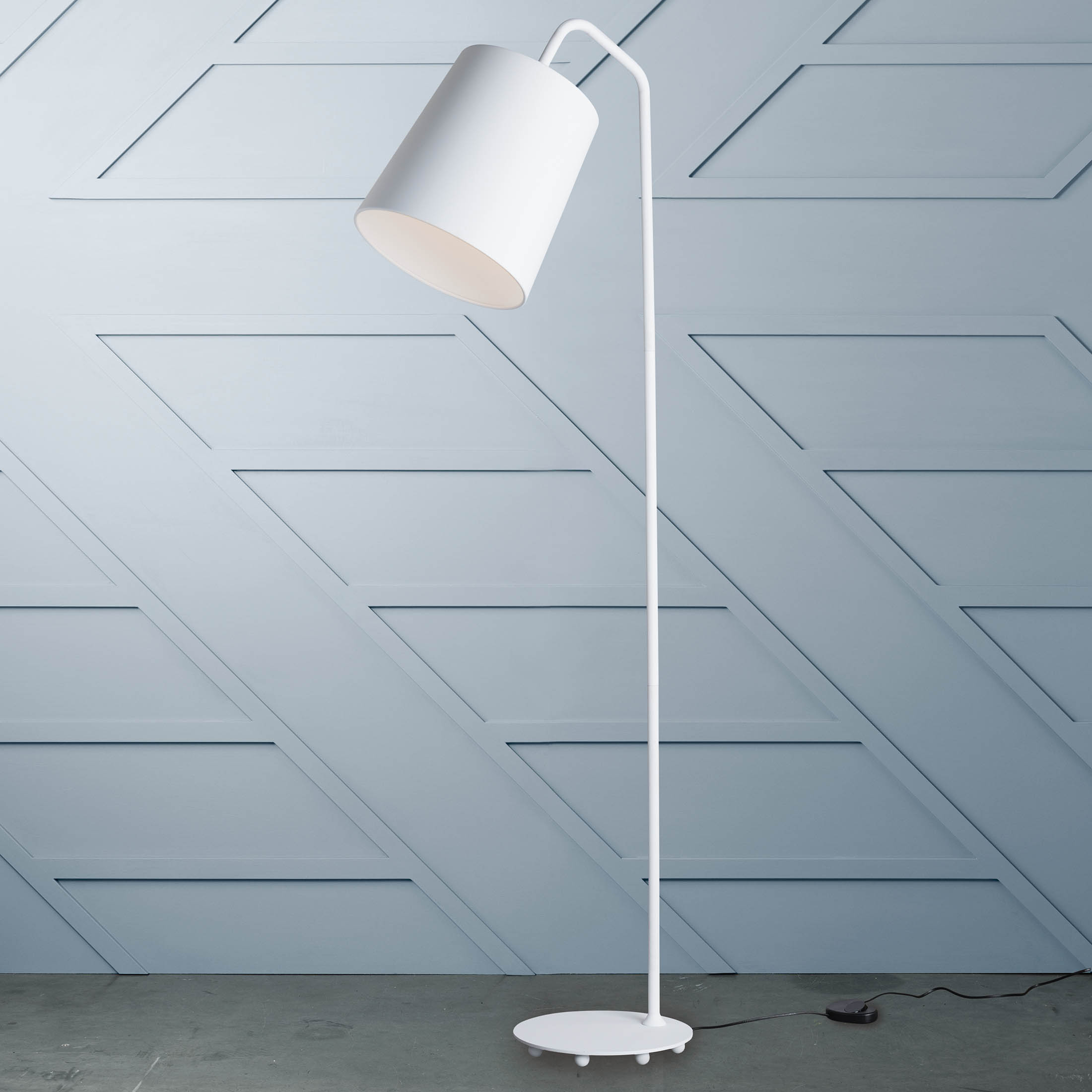 Evora Floor Lamp